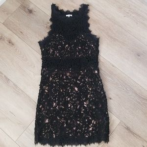 Lace rope black dress
